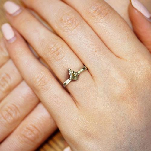 19882-yellow-gold-kite-cut-yellow-tourmaline-and-diamond-engagement-ring_5.jpg