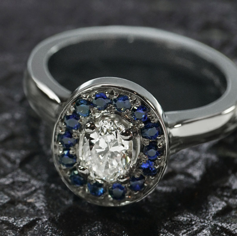 14532-platinum-diamond-and-sapphire-halo-engagement-ring_9.jpg
