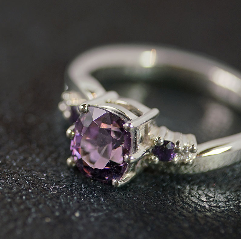18502-white-gold-sapphire-diamond-and-purple-spinel-engagement-ring_9.jpg