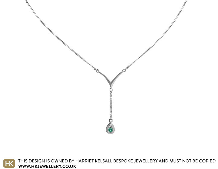 19116-white-gold-and-emerald-pear-drop-necklace_2.jpg