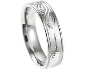 21314-platinum-wedding-band-with-engraved-detail_1.jpg