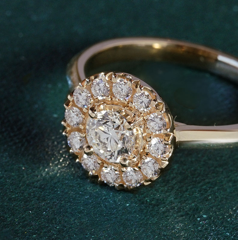 19049-yellow-gold-diamond-halo-style-engagement-ring_9.jpg