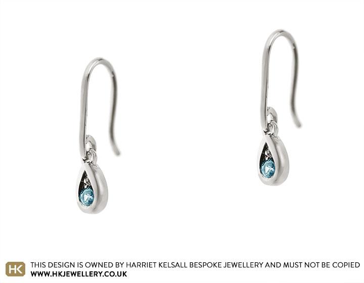 19124-white-gold-and-aquamarine-drop-hook-earrings_2.jpg