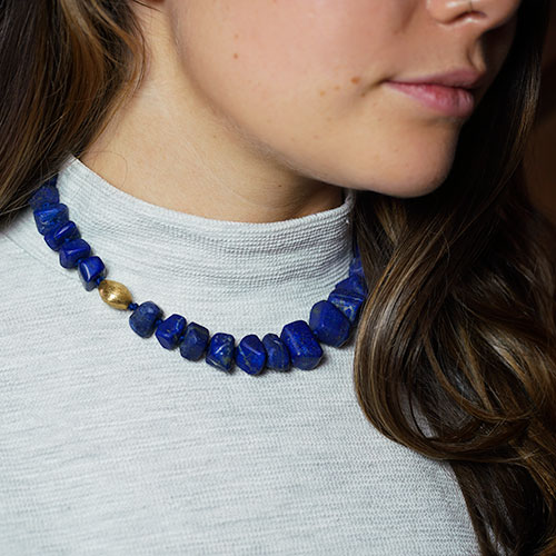 19294-lapis-lazuli-nugget-and-gold-plated-bead-full-necklace_3.jpg