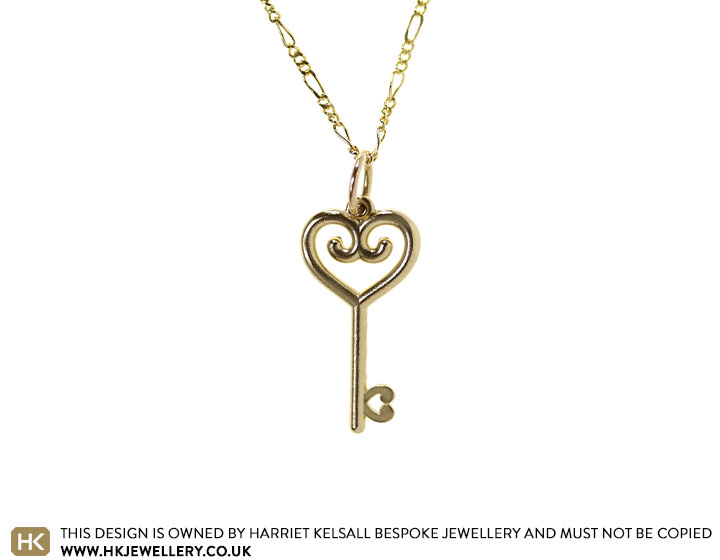 21292-yellow-gold-lockdown-love-vintage-key_2.jpg