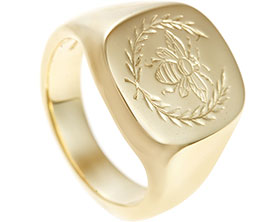 21429-yellow-gold-bee-engraved-signet-ring_1.jpg
