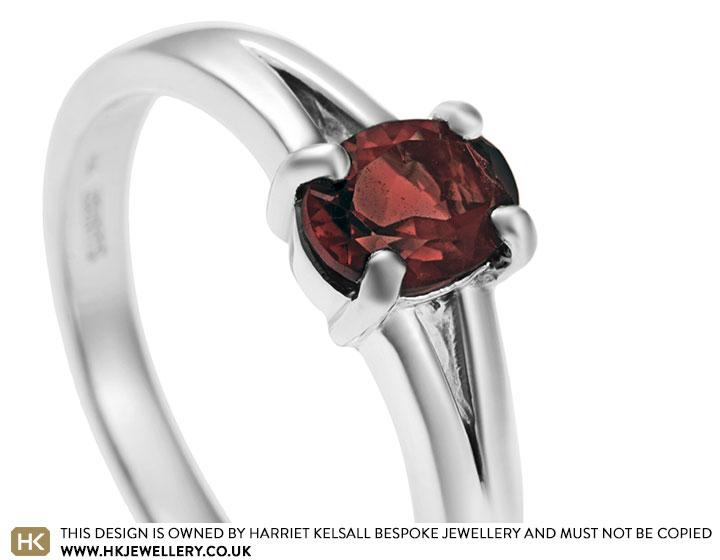 sterling-silver-split-shoulder-garnet-gress-ring-2643_2.jpg
