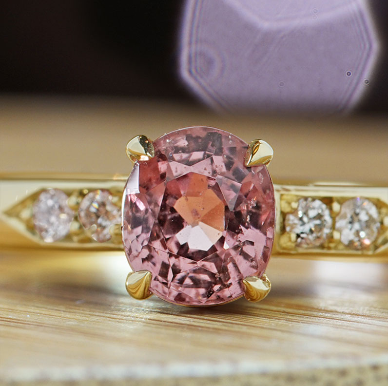 20582-yellow-gold-diamond-and-peach-pink-spinel-engagement-ring_9.jpg
