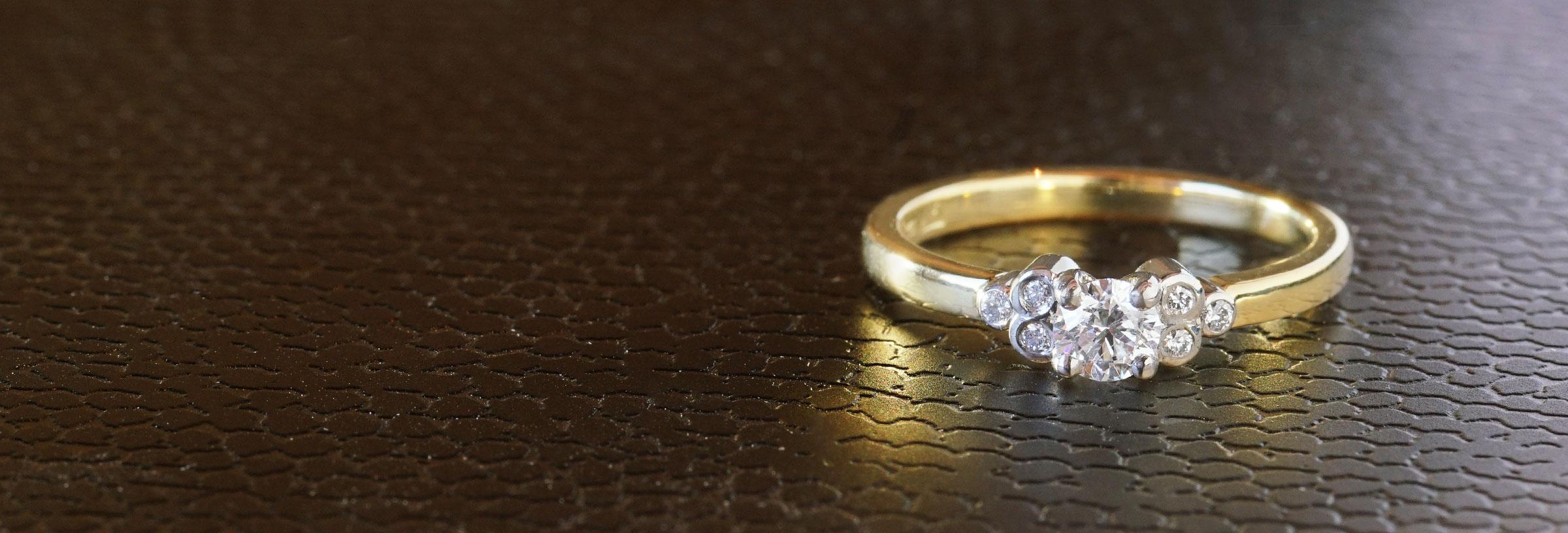 vintage-inspired-palladium-yellow-gold-and-diamond-engagement-ring