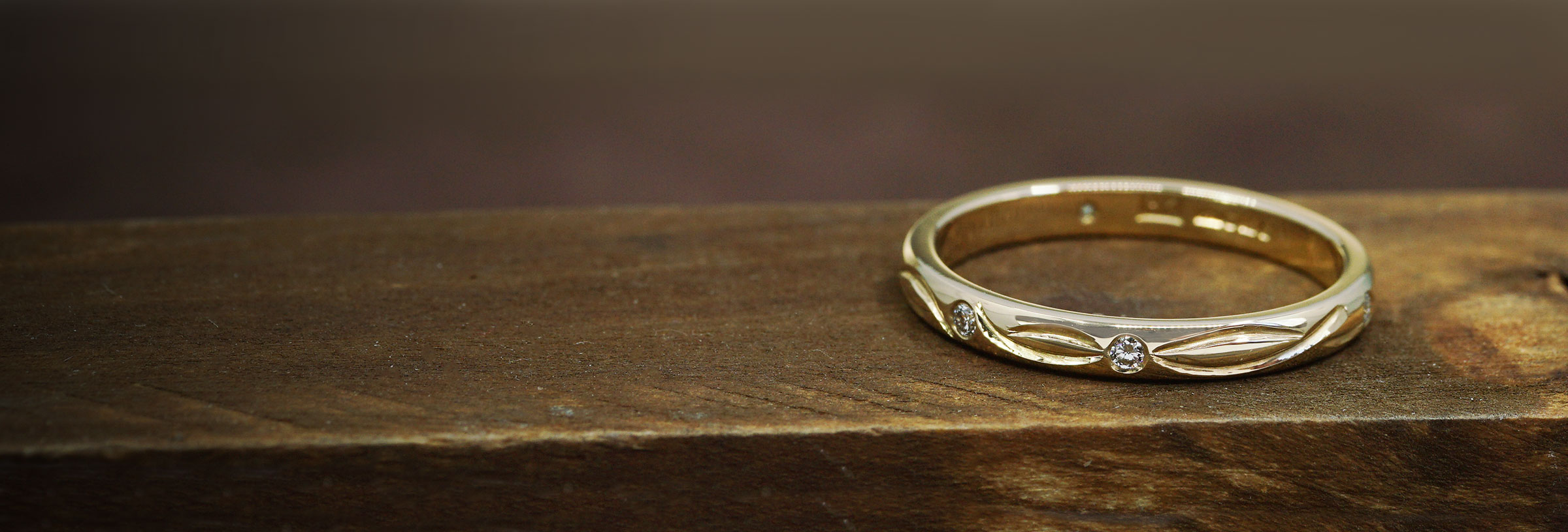 yellow-gold-and-diamond-celtic-inspired-eternity-ring