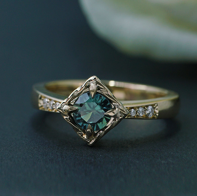22137-yellow-gold-teal-sapphire-and-diamond-antique-style-engagement-ring_9.jpg