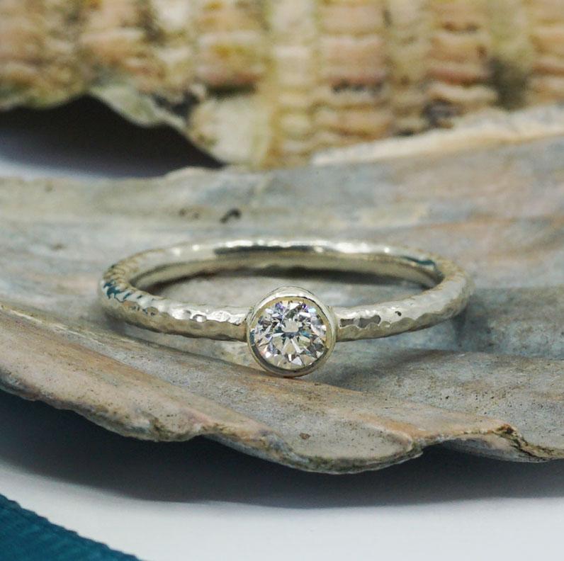 22181-white-gold-and-diamond-hammered-engagement-ring_9.jpg