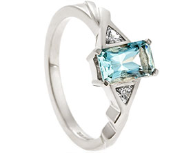 22401-white-gold-engagement-ring-with-emerald-cut-aquamarine-and-triangle-cut-diamonds_1.jpg