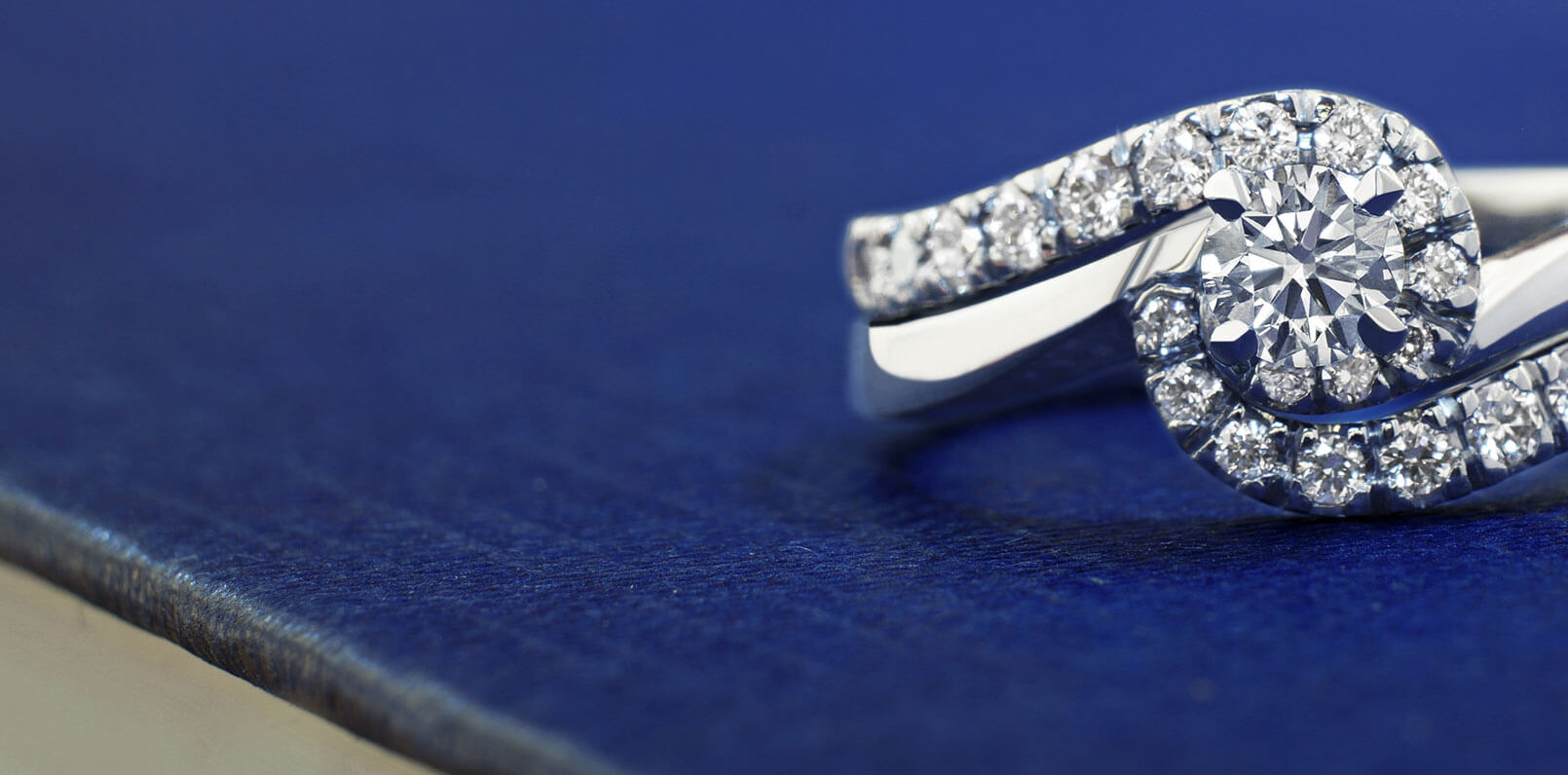 Browse Fitted Wedding Rings