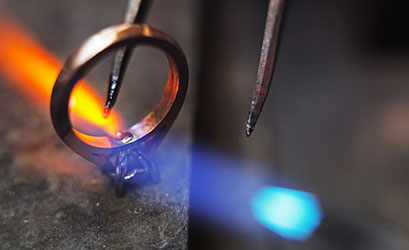 Created in our workshop by our team of master goldsmiths